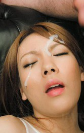 Rei Asian doll is fucked with same dildo in asshole and vagina