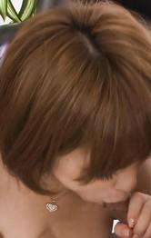 美巨乳愛那梨華ちゃんがM字開脚で指マン責め。豪快Wフェラから、生ハメ。正常位で突きまくられ、連続のザーメン中出し!