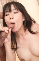 Manami Komukai Asian moans while her vagina is screwed on and on