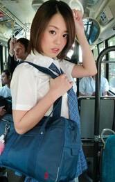 痴漢バスとは気付かずに乗車した爆乳女子校生沙月由奈。フェラ強要から指マン。仕舞には生姦でヤラレ放題!誰も助けてはくれない。