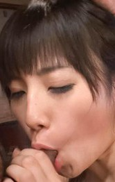 Iカップ爆乳長澤あずさちゃんが、ご奉仕のフェラから、豪快Wフェラ。極楽パイずりでチンポをグイグイ挟み込んでご奉仕。